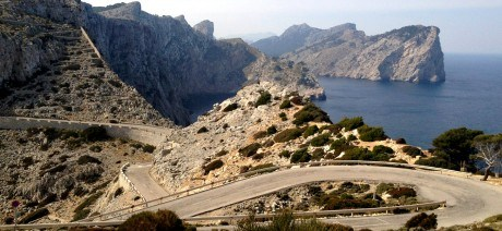 mallorca-ride-camp-02-1600x670