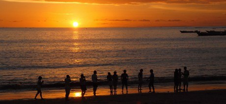 bali_beach_sunset_1600x670
