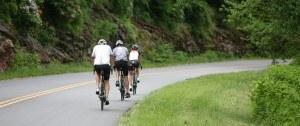 15CUAV0611_DEdwards_0169-X3-riding-1600x670