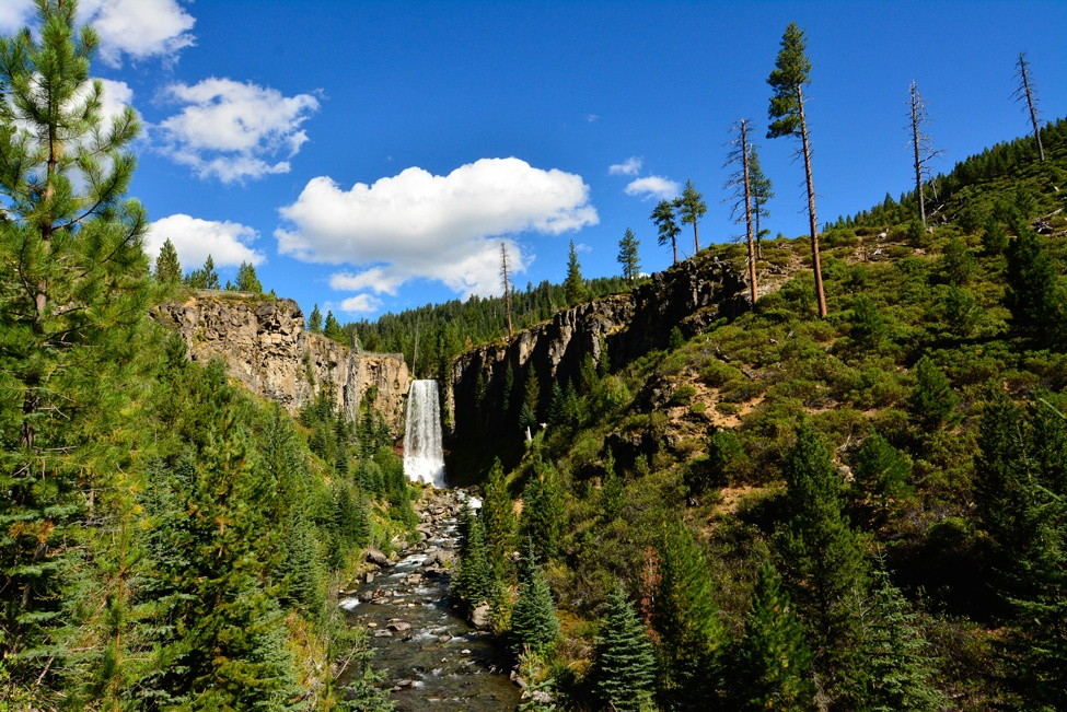 Experience the outdoor mecca of Bend, OR on a Trek Travel cycling vacation