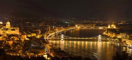 Budapest-at-Night-2-1600x670