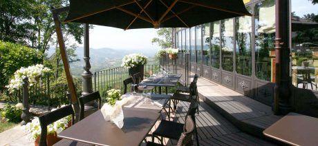 Villa-Beccaris-Patio-1600x670
