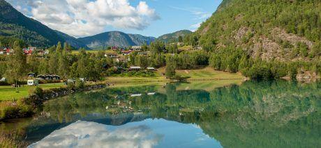 Norway-fjord-1900x1068