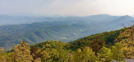 19BM_foothills3_1600x670