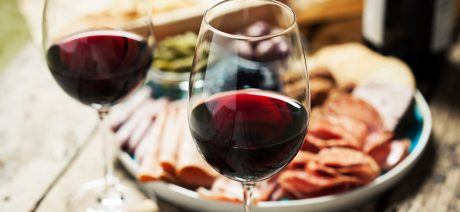 19MA_wine_iStock-621114270_1600x670