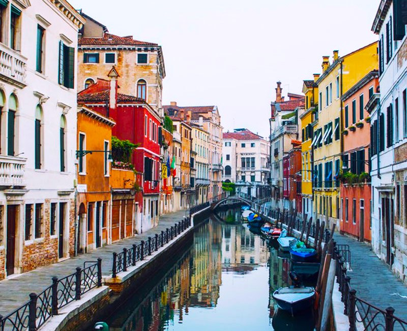 Plan a Custom Trek Travel Bike Tour to Venice, Veneto, Italy