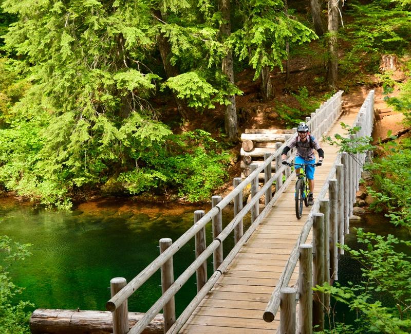 Trek Travel Bend, Oregon Mountain Bike Vacation