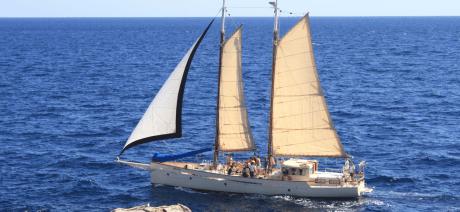 21CB - Sail boat 1 - 1600x670